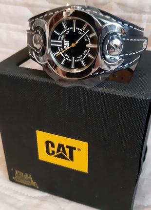 Часы наручные caterpillar