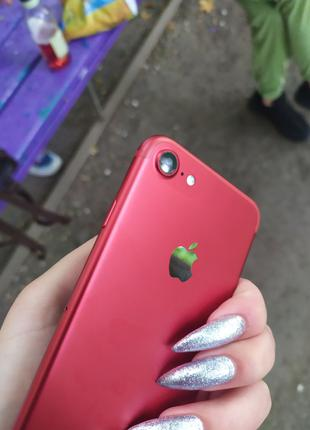 iPhone 7 128 гб RED