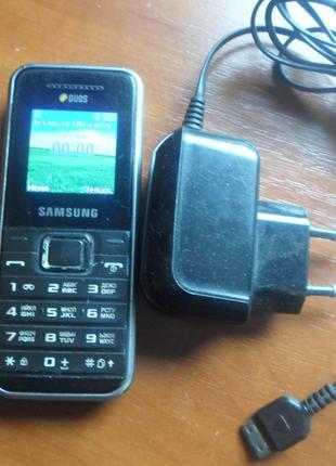 Телефон Samsung GT-E1182 DUOS