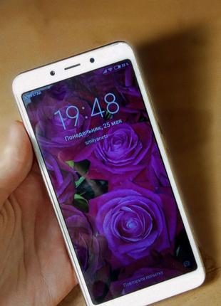 Продаю телефон Xiaomi Redmi 6