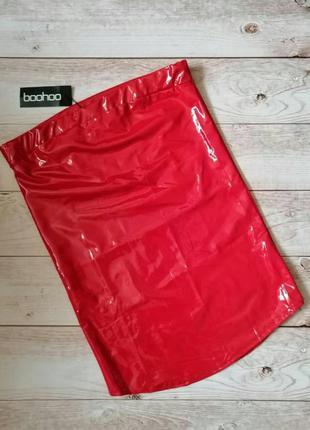 Лаковая юбка карандаш boohoo красная