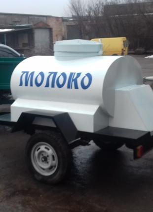 Цистерна для торговли молоком .