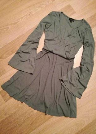 Платье в рубчик с декольте юбкой солнце клеш,рукава фонарики t...