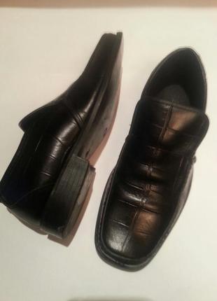 Черные кожаные туфли ravel