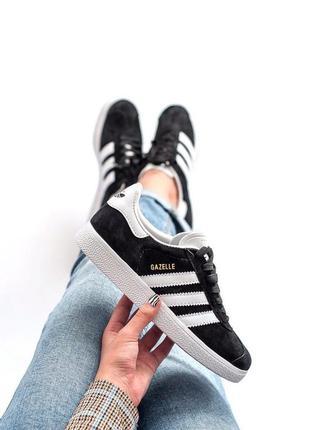 Стильные женские кроссовки adidas gazelle black чёрные