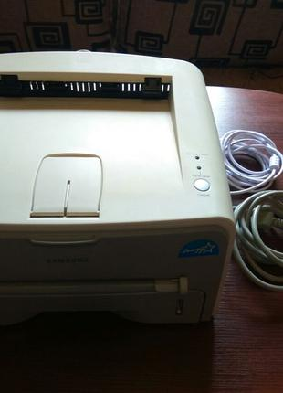 Продам принтер Samsung ML-1750 в отличном состоянии