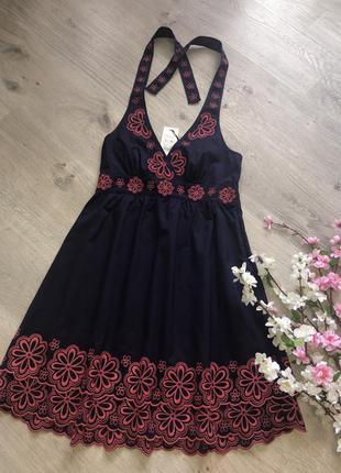Очень красивое летнее платье сарафан с вышивкой,