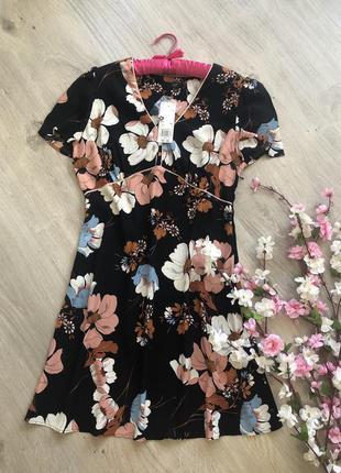 Платье с цветами, платье в цветочный принт,