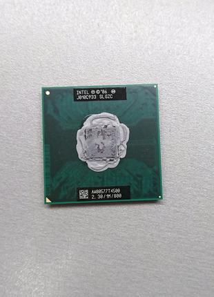 Процессор Intel Pentium T4500, Socket P,  2 ядра по 2.3 ГГц.