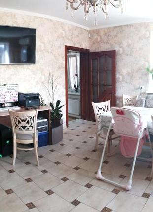 Дом в с. Усатово на Ломанной, Беляевский район