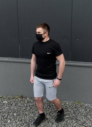 Мужской спортивный комплект футболка + шорты
