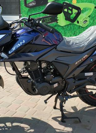 Мотоциклы, Дорожный мотоцикл Lifan 200 CiTyR