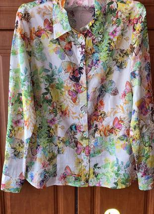 Красивая рубашка в цветочный принт раз.l