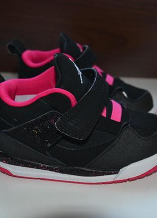 Nike jordan 23.5р кроссовки кожаные, оригинал.
