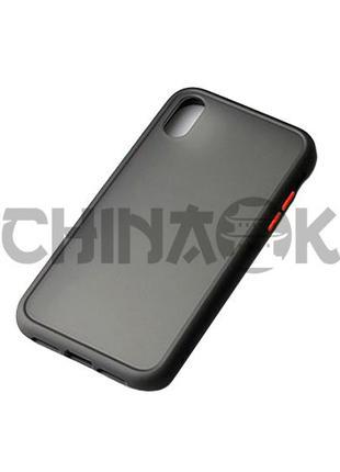Чехол бампер черный c красными кнопками для Iphone XR