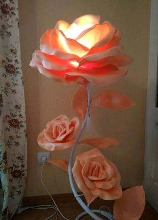 Светильник роза сделанный из изолона