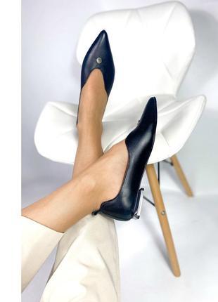 Женские кожаные черние балетки туфли