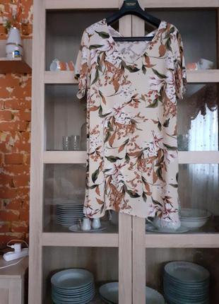 Обворожительное вискозное платье большого размера
