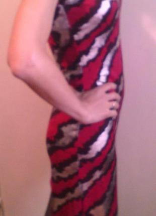 Симпатичное новое платьице с биркой.
