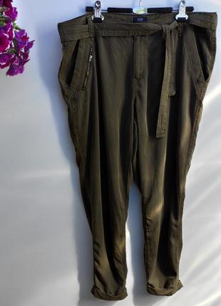 Літні жіночі укорочені брюки бренду fsf розмір 50