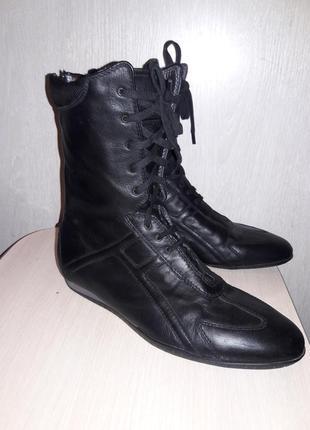 Шикарные кожаные ботинки flexa италия.
