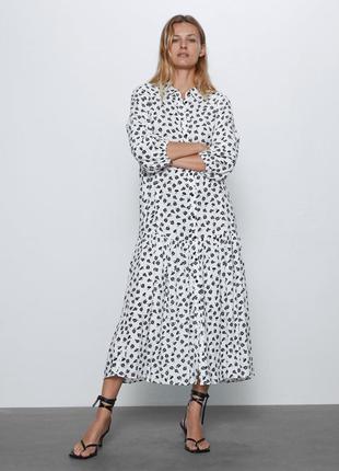 Актуальное удлиненное свободное платье рубашка в цветочный при...