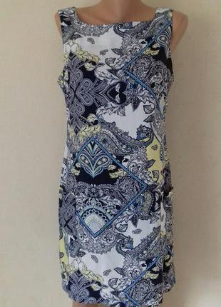 Новое вискозное платье с красивым принтом debenhams