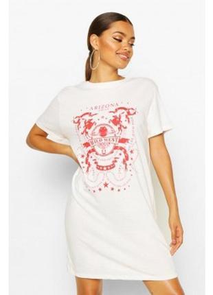 Boohoo. платье-футболка с принтом uk 8. новое .