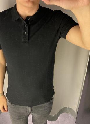 Базовая чёрная футболка поло smog есть размеры