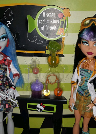 Монстер хай Безумная Наука Клео де Нил и Гулия Йелпс Monster High