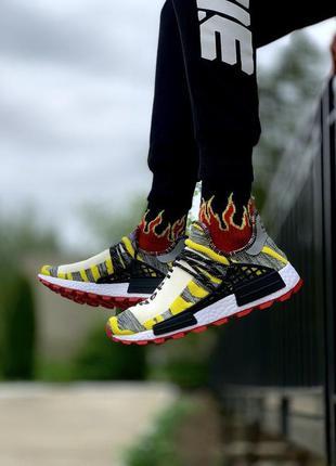 Кроссовки adidas  pharrell williams human race