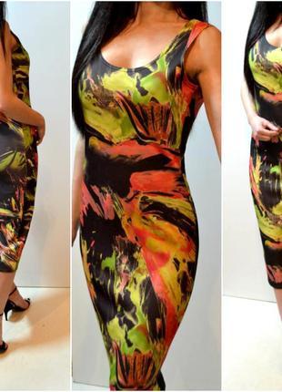 Красивое новое платье,миди облегающее в узор