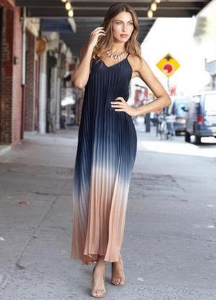 Шикарное длинное платье плиссе в пол