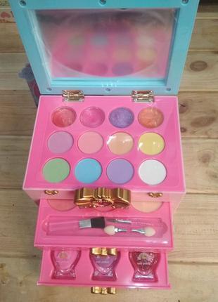 Набор детской косметики Glam Collection для макияжа в шкатулке