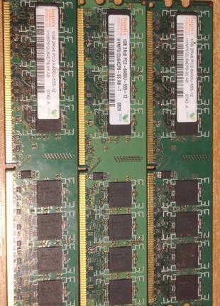 ОЗУ DDR 2 800 Mhz (1 и 2 гб)