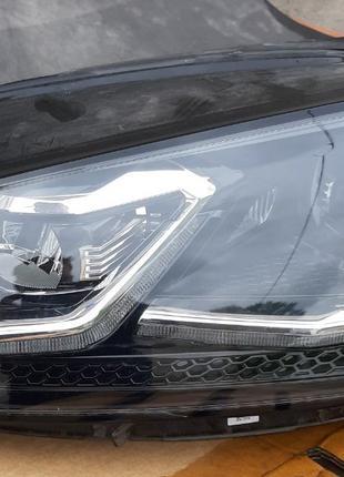 Volkswagen Golf VII 7 Фара 5G1941113 5G1941081