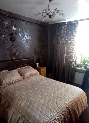 Продам просторную 4-х комнатную на Молдаванке