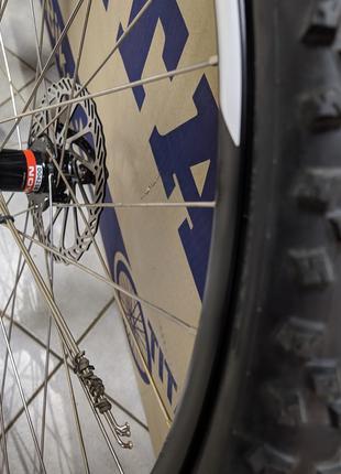 Колеса велосипедные новые Mach1/Schwalbe/Novatec