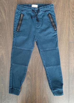 Классные джинсы в стиле спорт шик zara на 7 лет