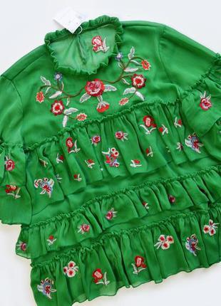 Свободная зеленая блуза с вышивкой цветы