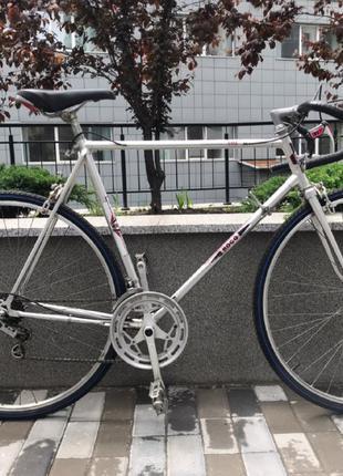 Продам шоссейный велосипед с Голландии
