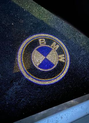 Проекция с логотипом в подсветку двери BMW F30 F10 E90 E92 E60