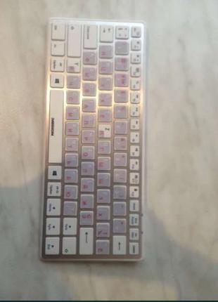 Клавиатура для смартфонов, и планшетов MEDION