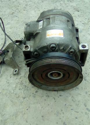 компрессор насос кондиционера vw audi 8D0260808