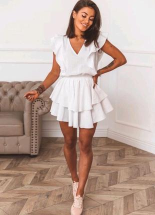 Летнее платье из мягкой ткани с v-образным вырезом
