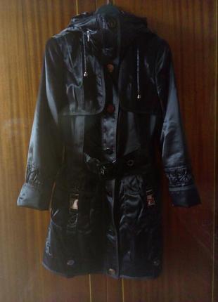 Фирменный плащ-пальто