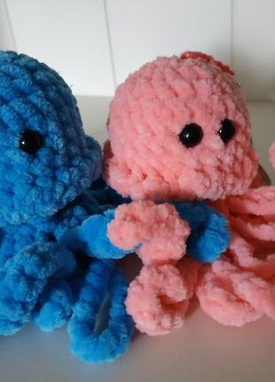 Брелок вязаный. Медуза антистресс. Плюшевые игрушки.