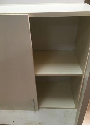 Навесной кухонный шкаф для тарелок, чашек, кофе, чая и др