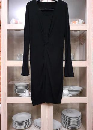 Очень стильное вискозное с перекруткой спереди платье большого...