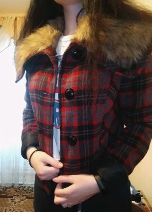 Шикарное пальто с мехом